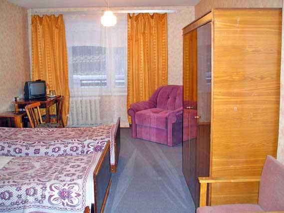 Дом отдыха Театральный, аренда номеров, турклуб Парус.